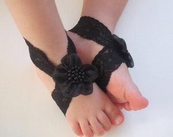 Black Baby Sandals, Baby Shoes,Black Lace,BlackFlower-Handmade Baby Sandals with Cute Yoyo