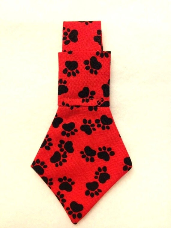 100 % RESCUE Donation Dog Pet Neck tie Black and Red paw prints