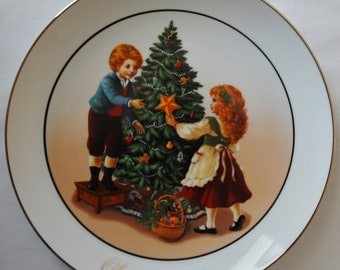 Featured Treasury List Item, Keeping the Christmas Tradition, Christmas Plate 1982, Collectible, Avon.