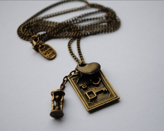 The Picture Of Dorian Gray Oscar Wilde Antique Bronze Literature Necklace