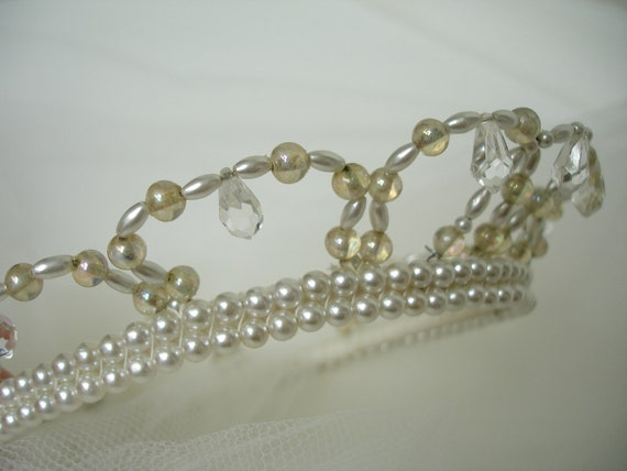 Antique/Vintage Wedding 1950 Pearl and Crystal Princess Crown Bridal Blusher Veil