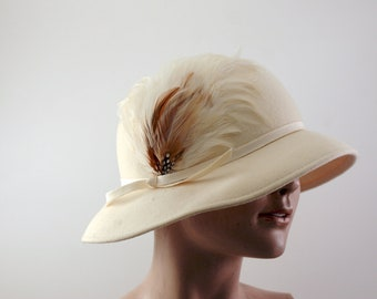 Vintage Feathered Cream White Cloche Hat circa 1950's - 1960's