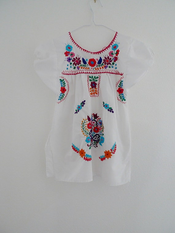 Vintage 80s Oaxacan Kids Girls Mexican Ethnic White