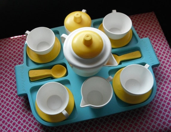 Fisher Price  Fun with Food Tea Set Yellow White Flowers  1980s