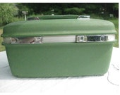 RESERVED Vintage Green Train Case / Make-up Case Samsonite Saturn Carry On Luggage