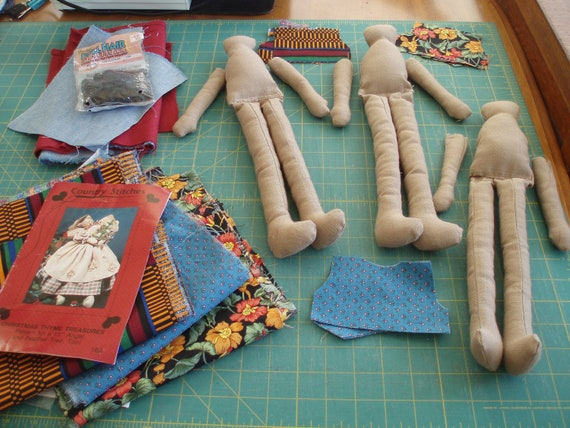 """Trio of Homespun Rag Dolls, Ready to Finish -- Country Stitches Christmas Time Treasures Pattern for 15"""" Angel & Feather Tree"""