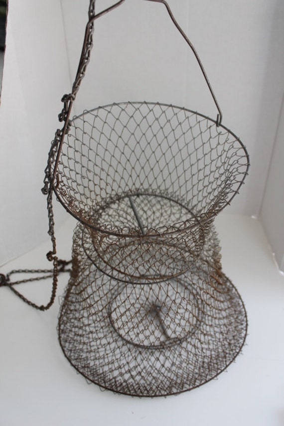 Vintage collapsible wire mesh fish basket live well chain for Live fish basket