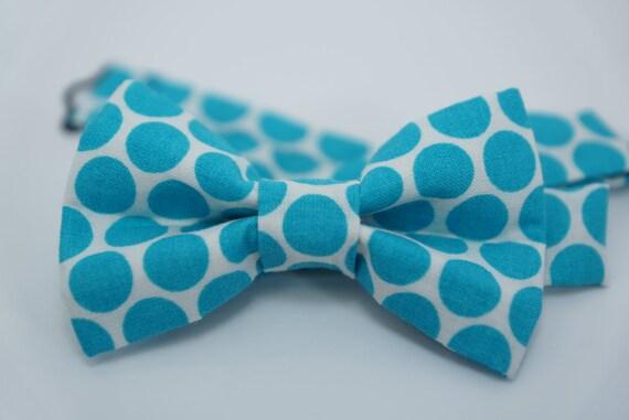 Bow Tie - Light blue Polka Dot Bowtie