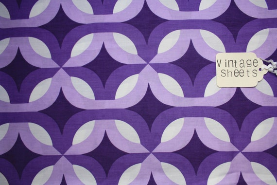 Fantastic, purple and very retro, vintage Duvet cover, single, geometric