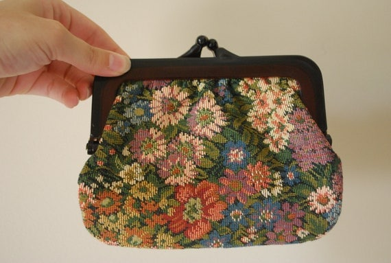 Embroidered Floral Change Purse with Plastic Closure