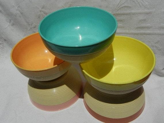Raffiaware Bowls, Set of 5 (Summertime Colors) - Ribbed Design