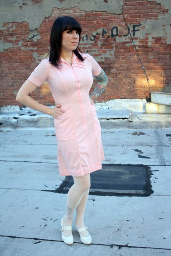 1970s Vintage Pink Sassy Waitress Dress, size S or M