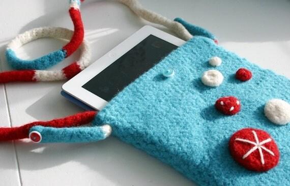 Crochet Cross Body Bag Pattern : Crochet Pattern Felted Button Cross-body Bag iPad by FeltedButton