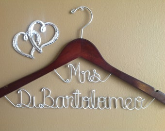 Hanger Mrs on Top for your wedding pictures, Personalized custom bridal hanger, brides hanger, Bridal Hanger, Wedding hanger, Bridal