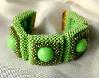 SALE! 10% OFF! Green Statement Beadwoven Seed Bead Cuff Bracelet, Women's Beaded High Fashion Jewelry, Right Angle Weave, Gift for Her, OOAK
