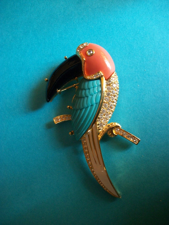 SALE - Exceptional Toucan Pin - Kenneth Jay Lane - Marked KJL - Fablulous - A STUNNER