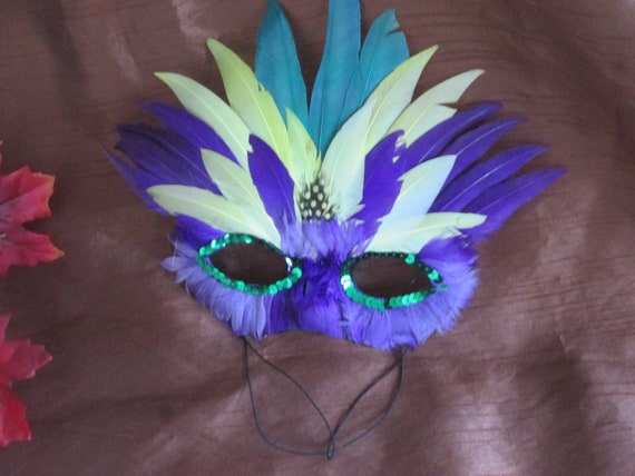 Vintage Feathered Mask Halloween Costume, Accessory