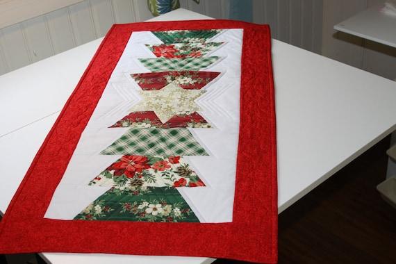 Christmas Table Runner - Red, Green, White