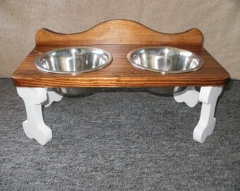hand made eleavated wood pet feeder ( sm. to med. )
