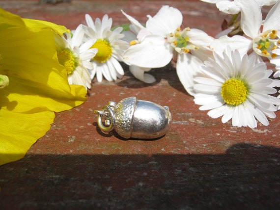 Vintage Sterling Silver Opening Acorn and Squirrel Bracelet Charm