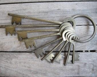 Brass Keys-Skeleton Key-Santa Keys-Brass Key Ring-Brass Home Decor-Fireplace Decor