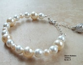 Pearl chained Bracelet.