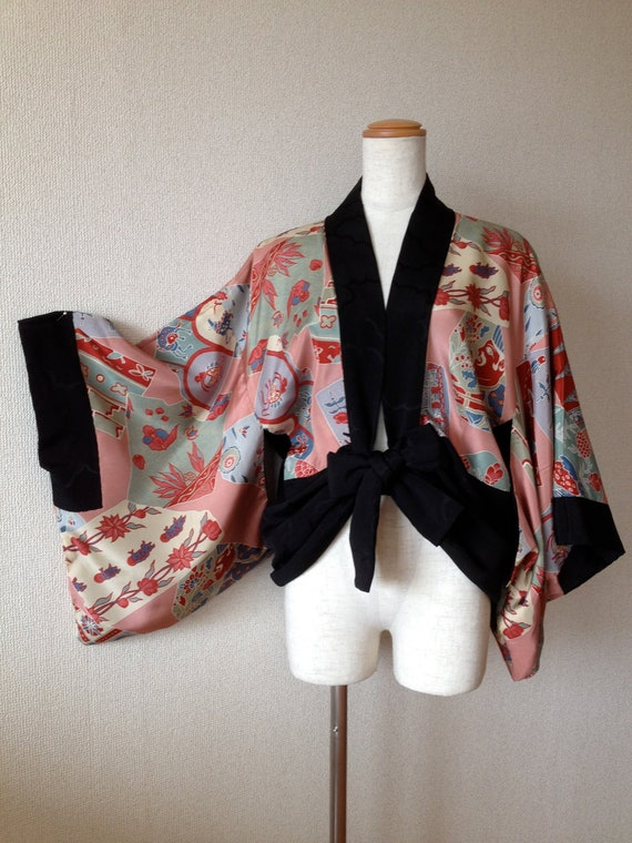 Woman Vintage make over Japanese Kimono Silk Robe, Dressing Gown, Wrap, great for Christmas, Birthday, or Anniversary gifts
