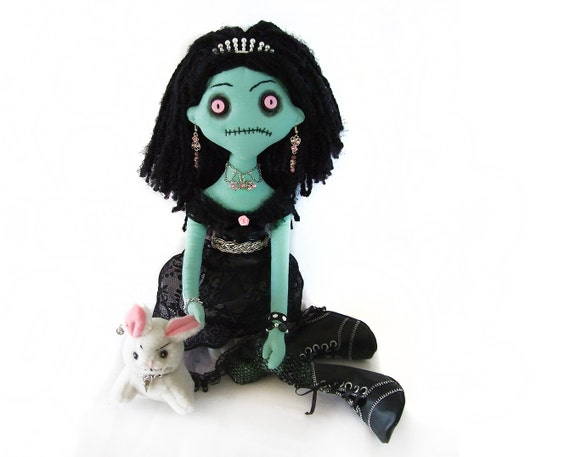 ANGELA the evil OOAK creepy horror monster cloth rag Nelly-Molla doll with a really mean bunny