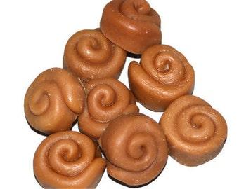 Cinnamon Bun Tart Candles Sampler. Bakery Wax Tarts, Wax Fake Food, Cinnabun Scented Wax, 1.5 Ounce Package