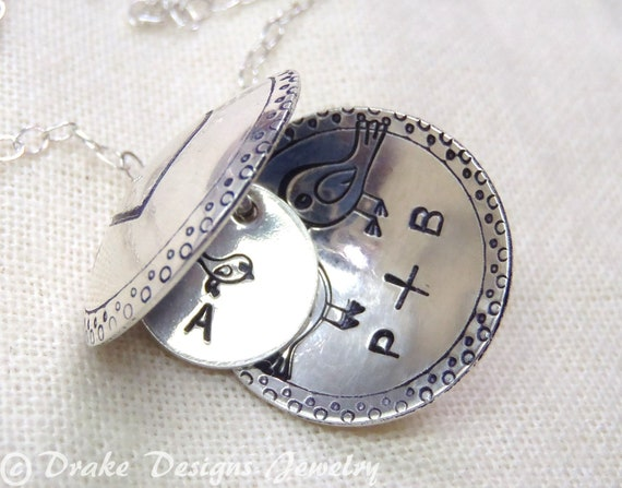 Silver mother bird necklace personalized family bird necklace locket