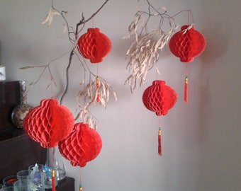 5 NEW VTG Chinese paper honey comb tassel red lanterns Asian Father's day Grad wedding decoration Zen theme Red Egg Ginger party birthday
