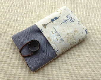 Vintage style handmade fabric iPhone sleeve, iPod touch pouch, Kindle case, smart cellphone cover, Samsung galaxy cover