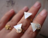ring -shell   triangle  ring  - vintage watch gear or vintage watch part adjustable ring-three style-above knuckle ring