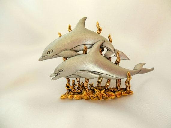 Vintage Dolphin Brooch by Jonette Jewelry