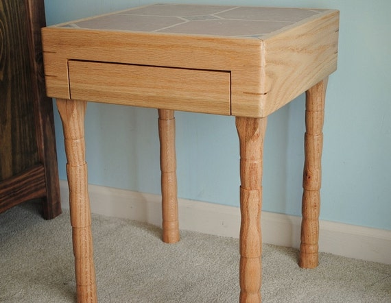 Convertible end table, red oak, reserved for Michelle