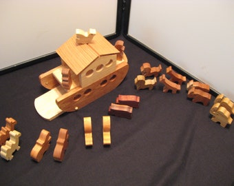 Noah's Ark Wood Play Set