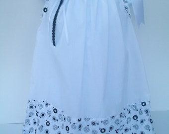 Black& White Infant Baby Toddler Pillowcase  Dress