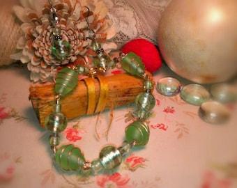 Wire beaded bracelet and earrings
