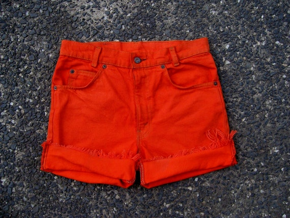 Vintage Levi's 715 ORANGE Cut Off High Waisted Jean Shorts size US 30    (S141)
