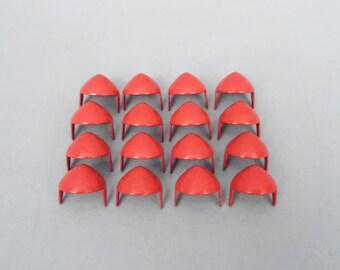 100 Red Half Inch (13mm) Cone Studs