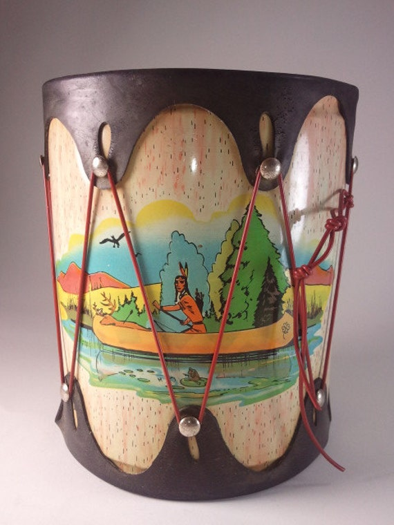 Nostalgic Vintage Toy Drum in Beautiful Condition