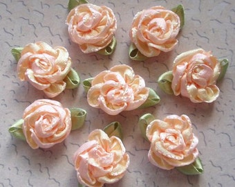 8 Small Handmade Ribbon  Roses (1 inches) In  Lt Apricot,  Lt Yellow  MY-064-03  Ready To Ship
