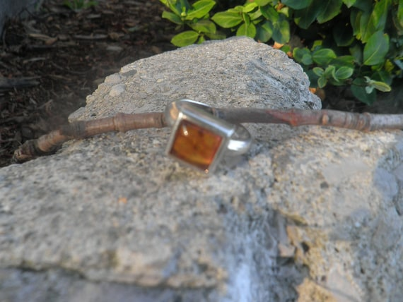 SALE Amber ring, set in sterling silver 925, sz 9.  Ladies silver ring with amber gem stone.
