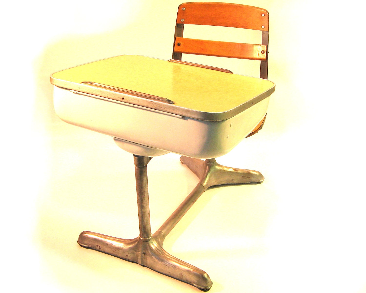 Vintage 1950 S Child S School Desk And Attached Swivel