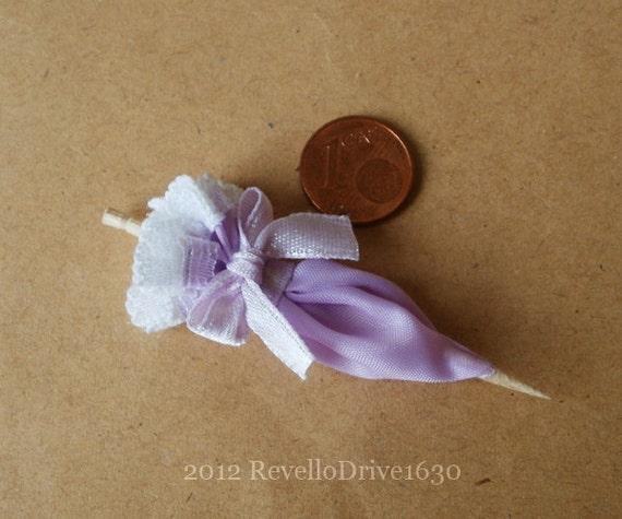 Lady's parasol, purple, 1/12 dollhouse miniature