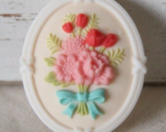 6 pcs of resin cameo with flower bouquet-35x43mm-RC0341-4-white edge