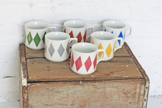 6 Ceramic Mugs