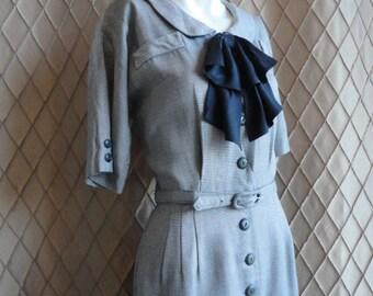 50s Dress // 60s Dress // Vintage 1950s 1960s Grey Wiggle Dress with Black Bow Size S