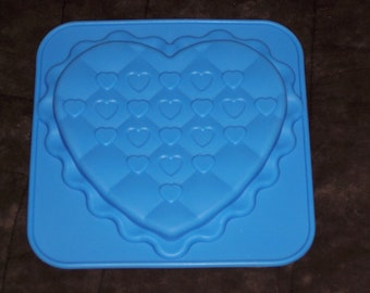 craft & candy mold,silicon,Wilton,quilted heart,heart-shaped,oven-safe,cookies, clay,plaster