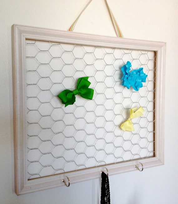 Off White Chicken Wire Frame Hair Bow And Clip Organizer